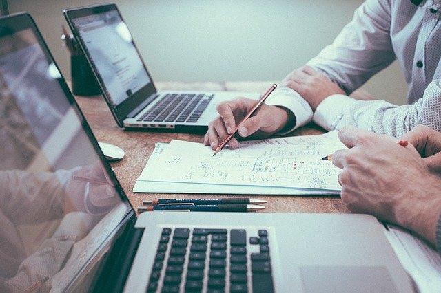 Envie de trouver rapidement du travail? Nous avons la solution pour vous!