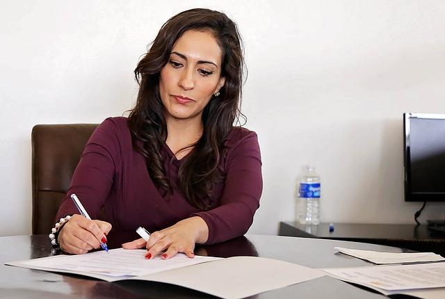 Comment aborder votre premier emploi sans être une catastrophe ?